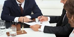 En estos tres supuestos, los notarios están facultados para corregir el registro civil